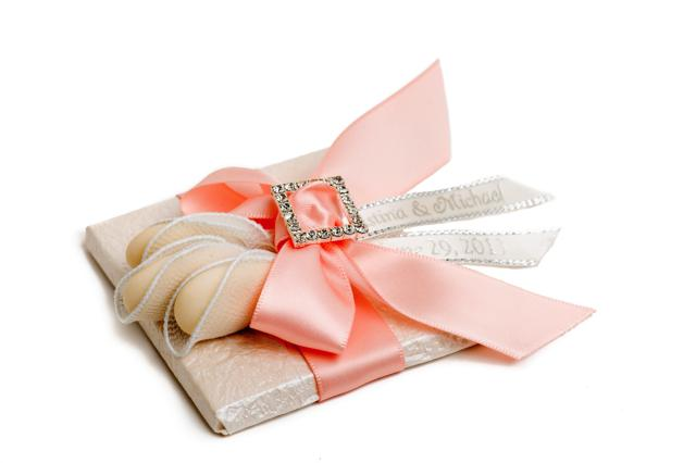 Top 3 Tips for Choosing  Wedding Favors